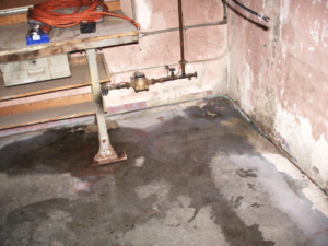 Evans City, PA | Basement Waterproofing-Foundation Repair | Expert basement waterproofing companythat can help you with basement leaks with flooding with our waterproofing services - Basement Cracks
